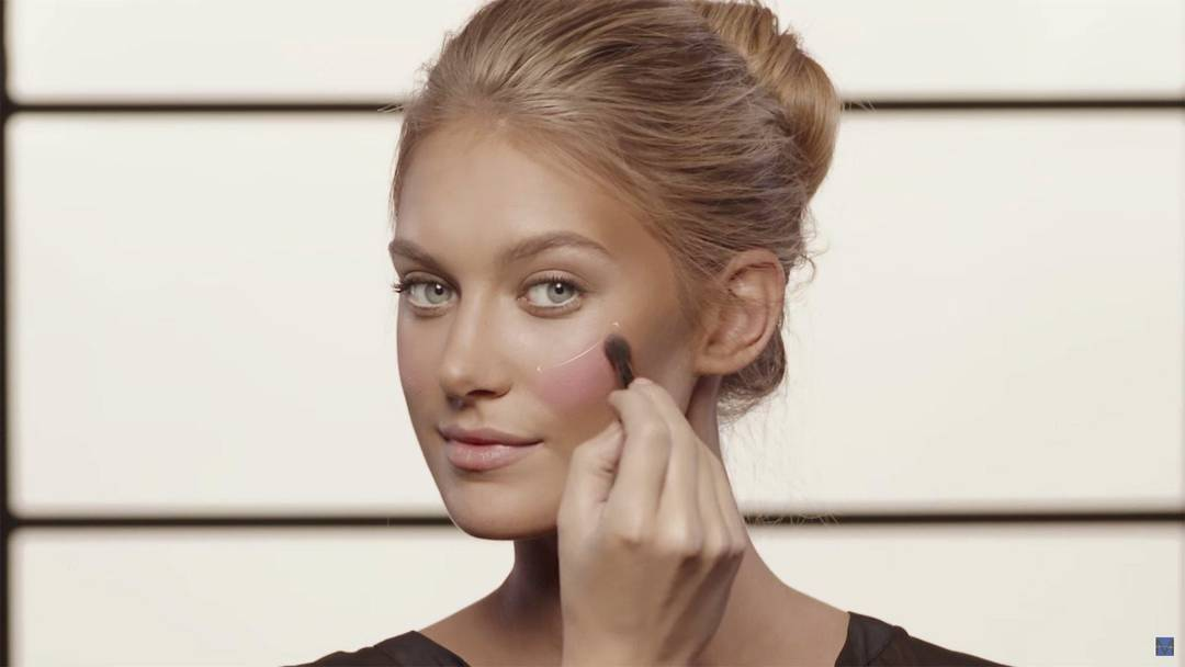 maybelline-contouring-tutorial-video1-16x9