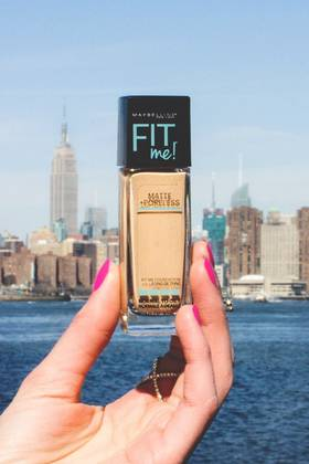 Maybelline-Fit-Me-Matte-Poreless-Foundation-NYC-2x3