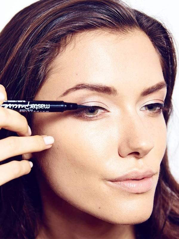 maybelline-tip-eye-how-to-push-up-drama-makeup-tutorial_2