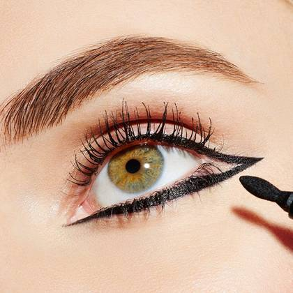 maybelline-eye-looks-linear-eyeliner-step3-1x1