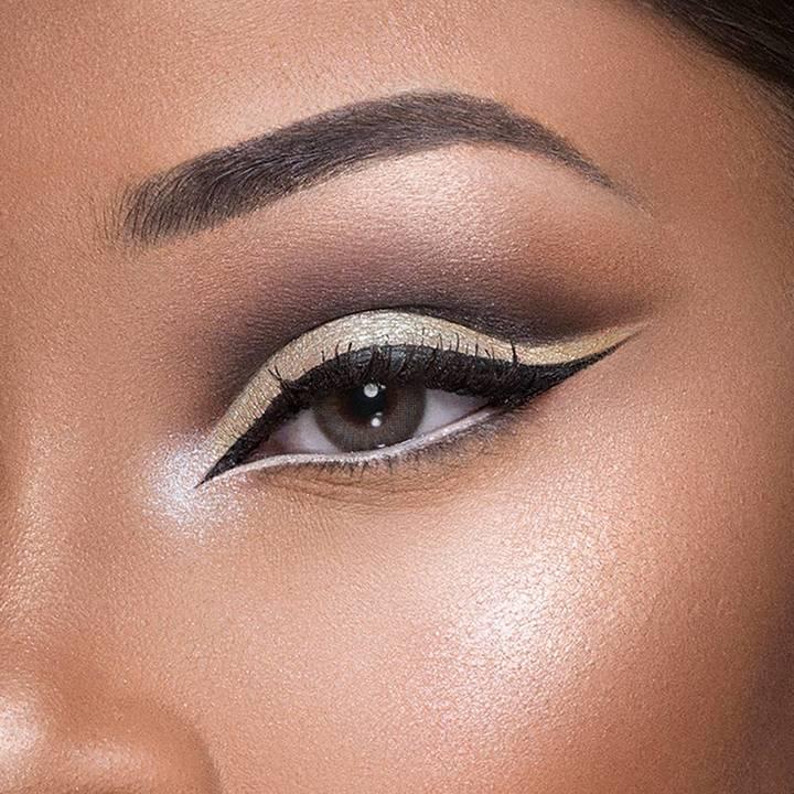 Get ready for everyday easy white eyeliner makeup tips and master the most eye-opening looks of the season.