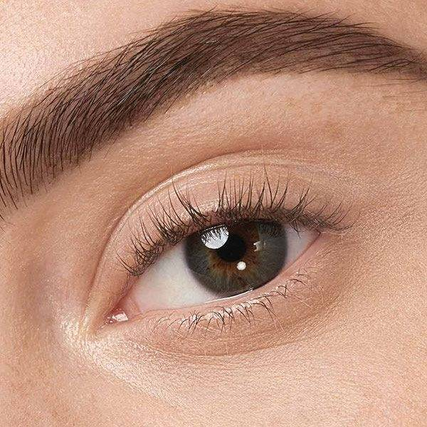 Learn How To Use Eyebrow Pencils To Get Those Eyebrows On ...