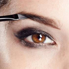 maybelline-eyebrow-pro-palette-how-to-define-brows-1x1