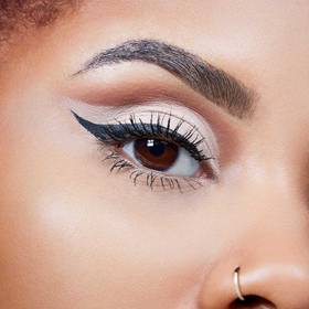 maybelline-fall-makeup-master-precise-liquid-eyeliner-cut-crease-macro-final-look-1x1