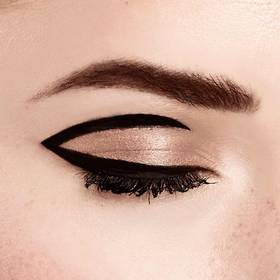 maybelline-tip-eye-how-to-master-precise-60s-eyeliner-cat-eye-makeup-tutoriual_fin