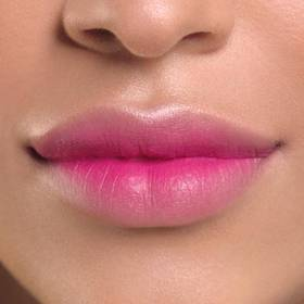 maybelline-tip-lip-how-to-color-blur-pink-blurred-makeup-tutorial-1x1