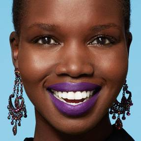 maybelline-tip-lip-how-to-wear-purple-lipstick