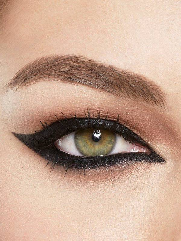 maybelline-eyeliner-gallery-all-around-wing-look-3x4