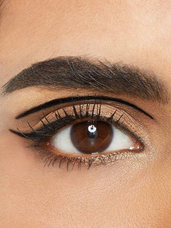 maybelline-eyeliner-gallery-floating-crease-look-3x4