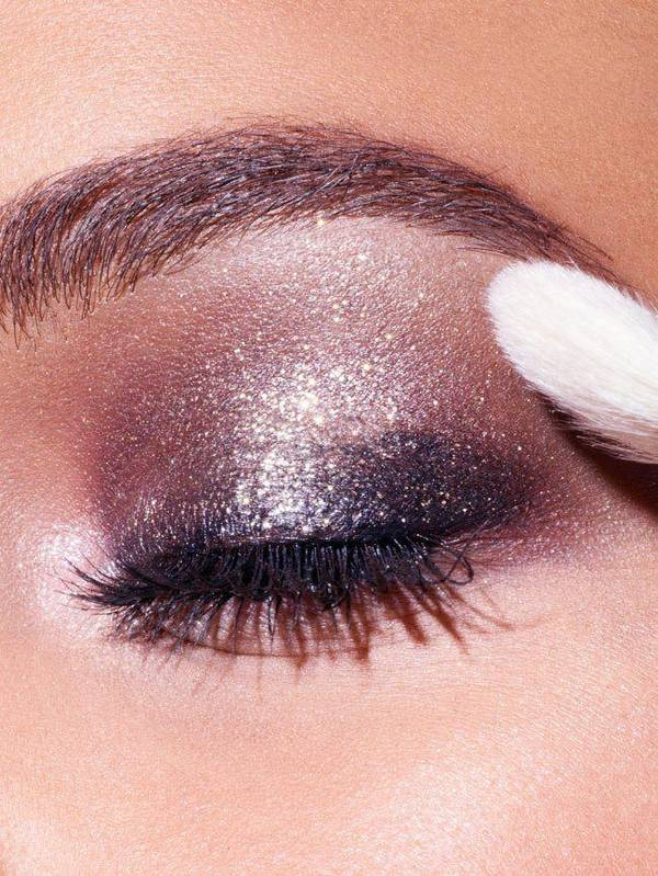 Holiday Shimmery Glitter Eyeshadow Look