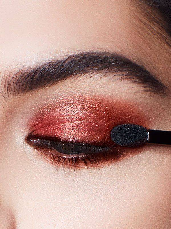 maybelline-eye-burgundy-bar-palette-step-1-3x4