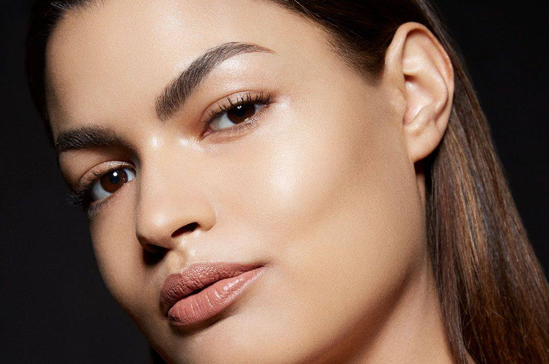 Summer Glow Makeup Looks for Glowing Skin