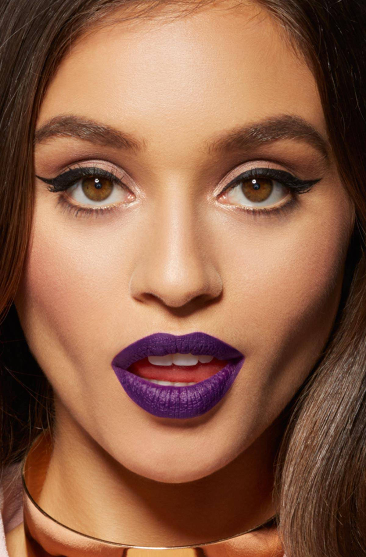maybelline-color-sensational-loaded-bolds-purple-lips-beauty-look-3x4