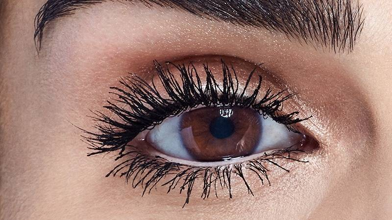 maybelline-spring2016-eye-trend-luscious-mascara-after-16x9